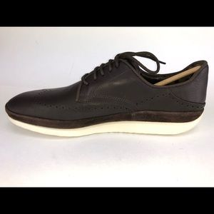 UGG Shoes - UGG Men's Size 11 Brown Oxfords Style Sneaker Shoe